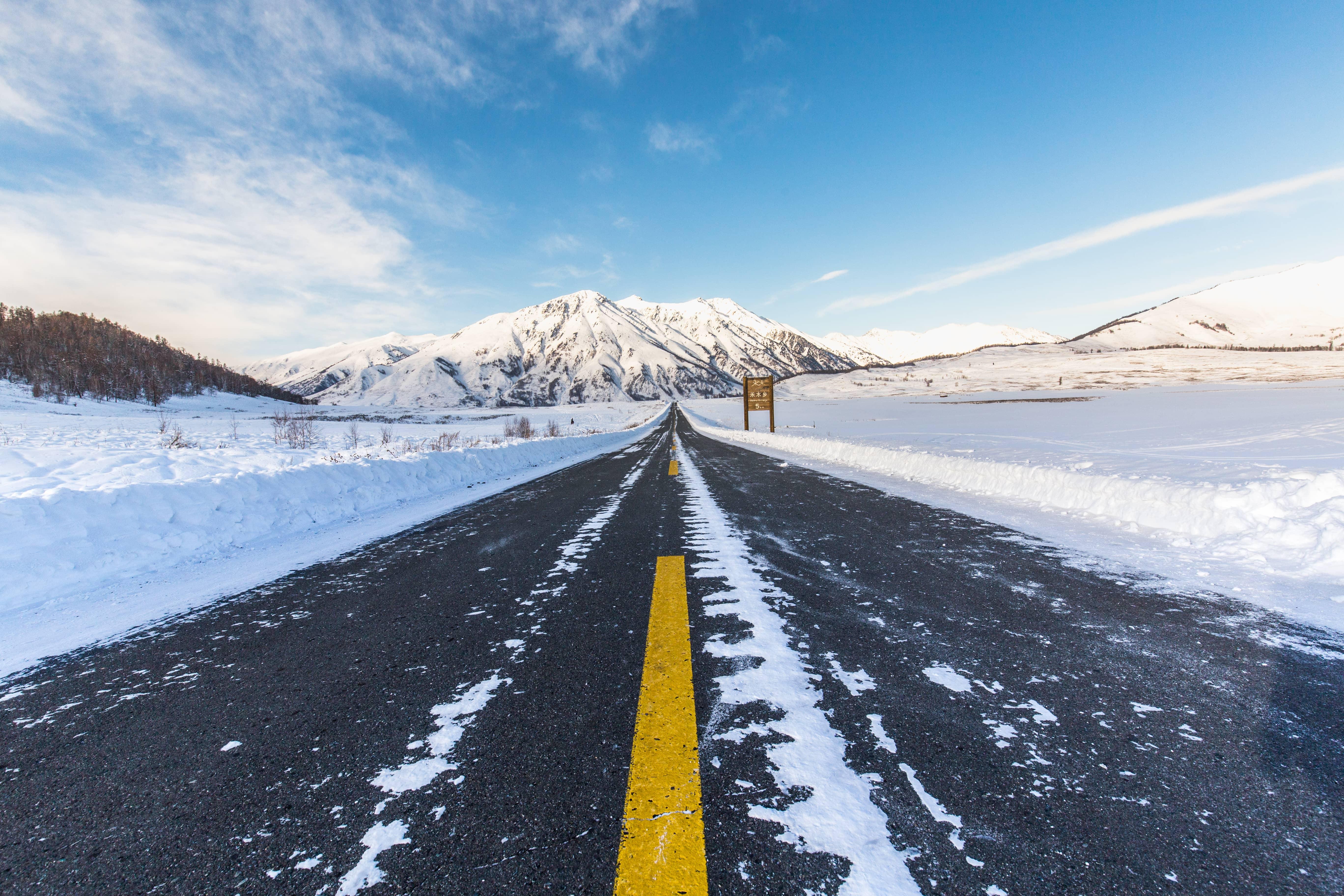 北京出发内蒙3日自驾游:乌兰布统-雪地野餐-深度越野3日自驾游