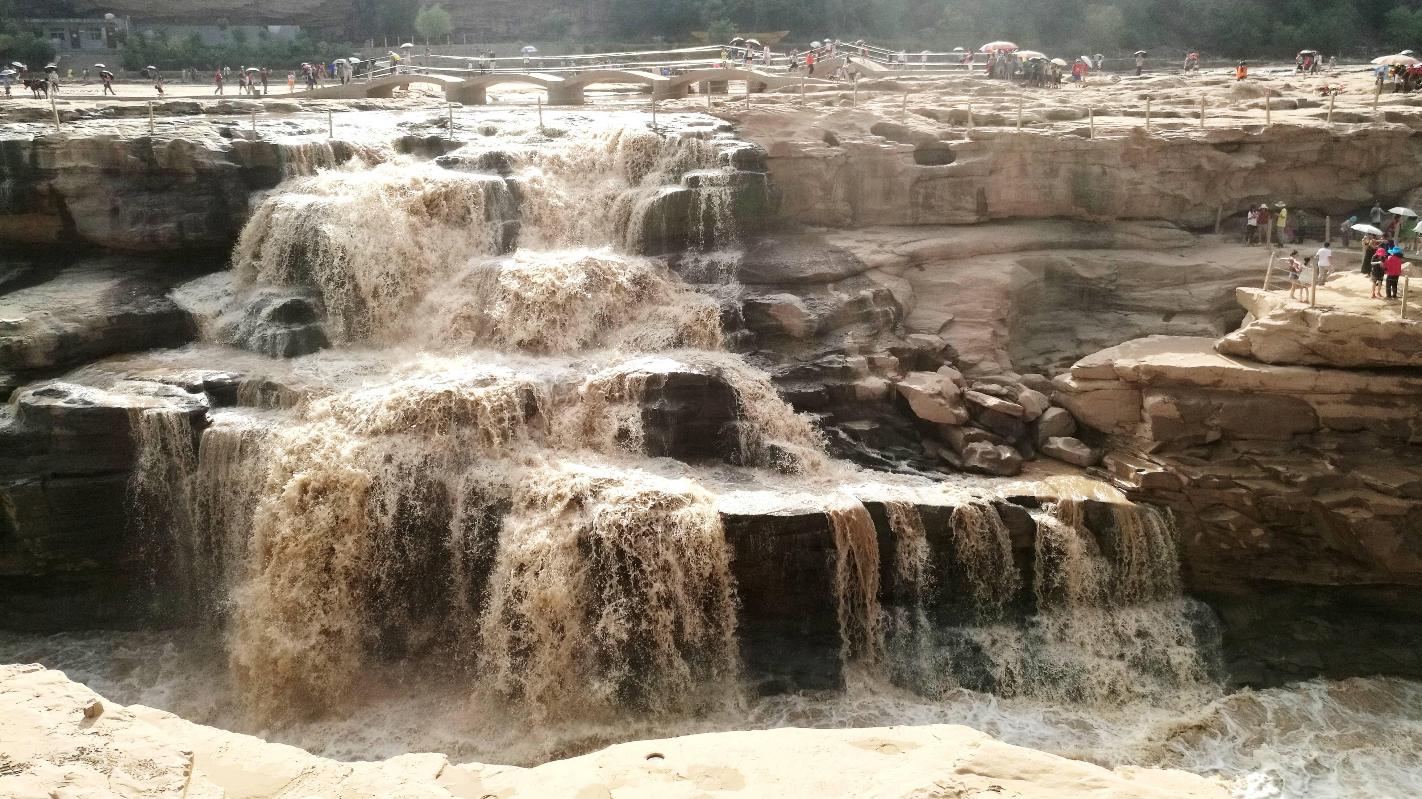 北京出发陕西6日自驾游:西安-壶口瀑布-法门寺-龙门石窟6日自驾游