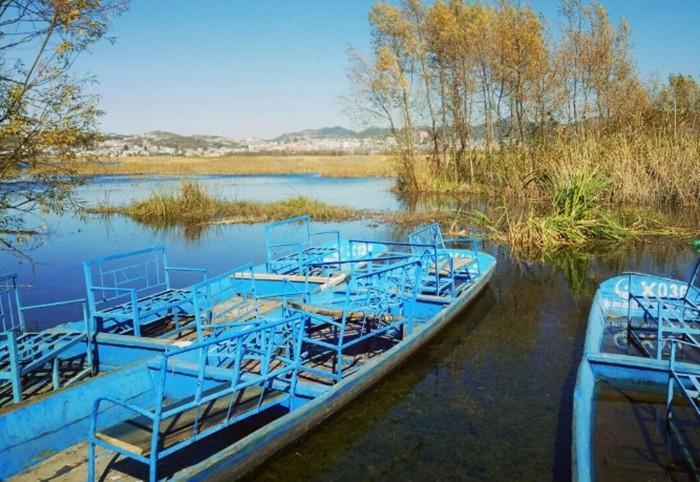 贵州毕节威宁草海属于高原湖泊中的一种,这里的景点是高原中,没有被完全开发的景点之一,但是正因为没有被完全开发,所以保留的最原始的部分还是很吸引人的。适合自驾旅游
