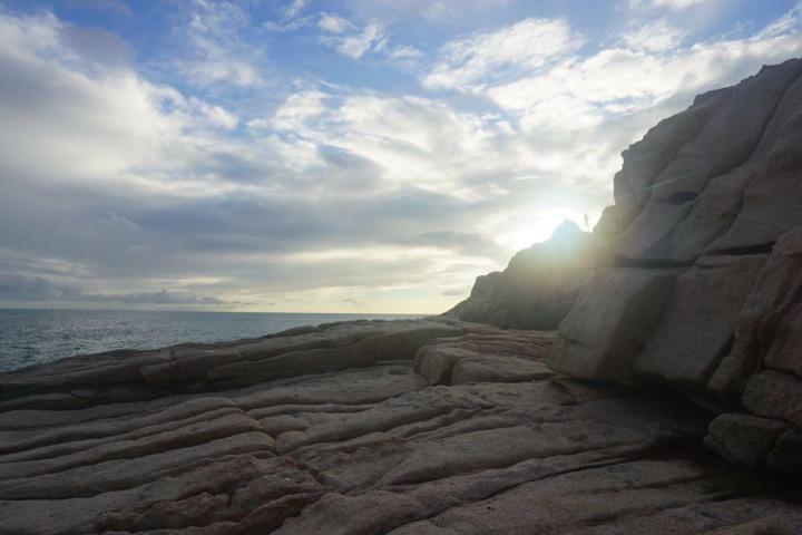 广东汕尾的龟龄岛是一个不太起眼的小岛,这里拥有浓厚的妈祖文化,靠近南海的龟龄岛上有一口神奇的淡水井从地下冒出来