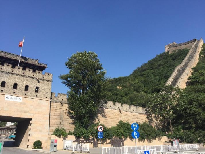 八达岭水关长城,八达岭水关长城是明长城的遗址,其实原本没有八达岭水关长城,是因为修建水库,水淹没了长城,才形成长城如水的景观。