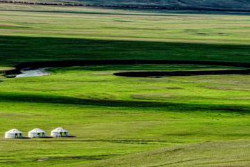 内蒙古呼伦贝尔6日亲子自驾游:根河湿地-俄罗斯家访-中俄边境-彩带河滑草6日亲子游