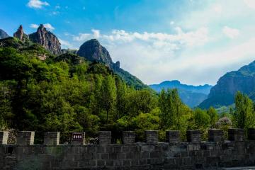 穿越郭亮最美壁挂公路、欣赏濮阳水上芭蕾水秀、探秘文字的秘密3日豫北自驾游