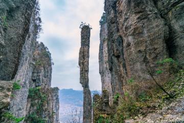 五一【巴山楚水】恩施大峡谷、襄阳古城、打卡李焕英拍摄地5日自驾游