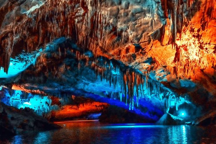 重庆自驾游溶洞合集,芙蓉洞,水溶洞,伏羲洞天