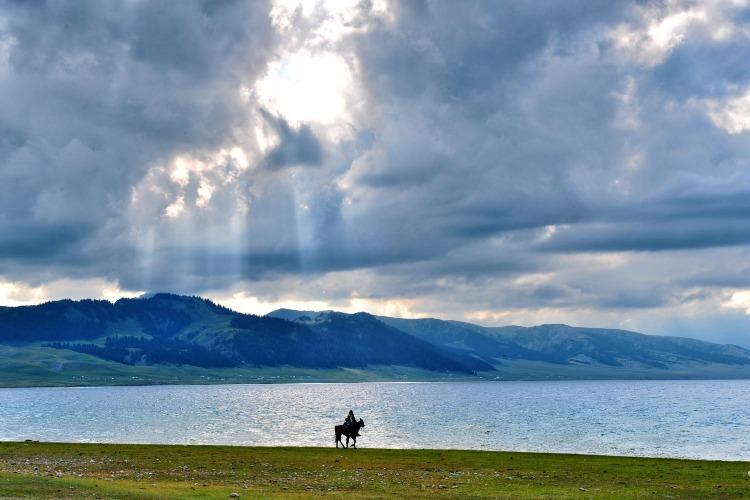 珍藏!一路向西自驾游,新疆景点