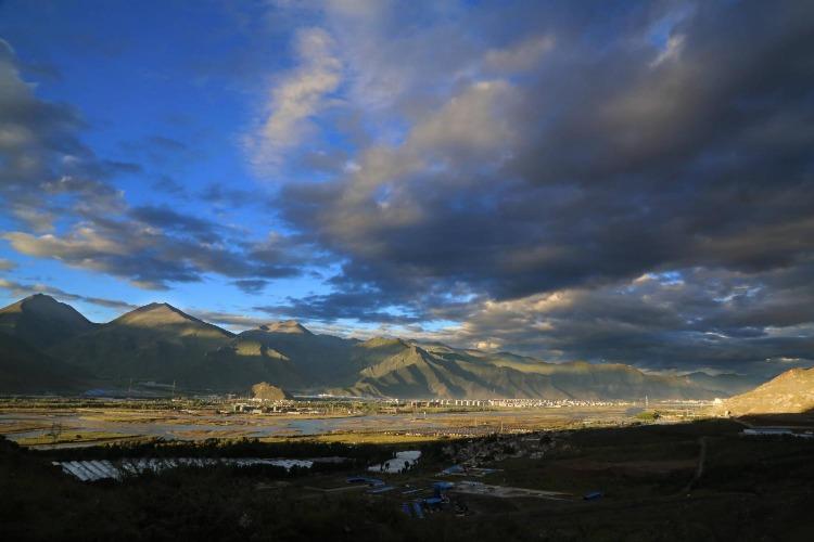 西藏拉萨河是一个什么景点,有哪些游览建议?