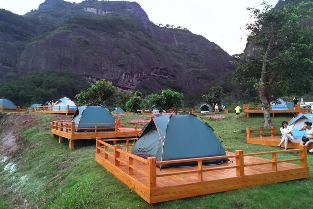 房车出游前,怎么找到最适合自己的房车营地