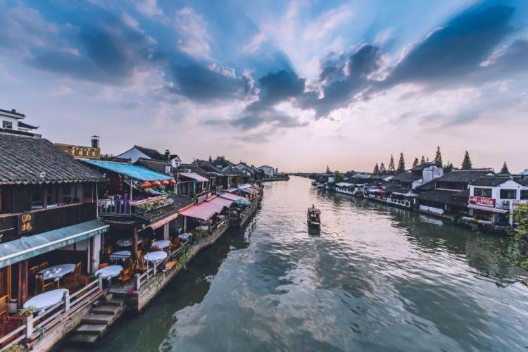 不止有商业化的,上海7个古镇,值得散步