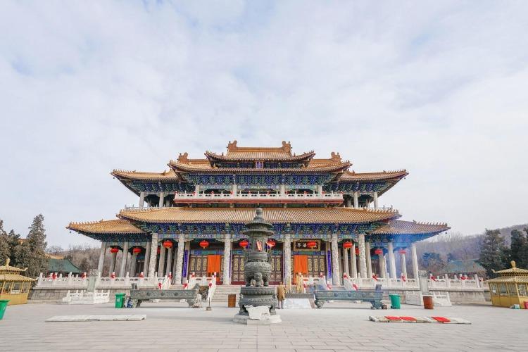 中国最大的玉佛,玉佛苑在哪里?