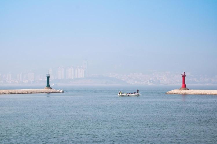 一片深沉的海,威海刘公岛