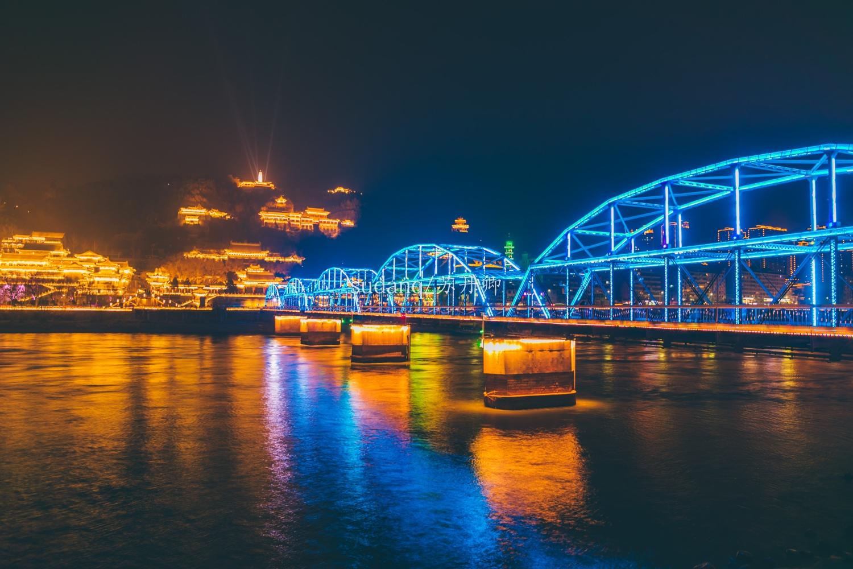 天下黄河第一桥