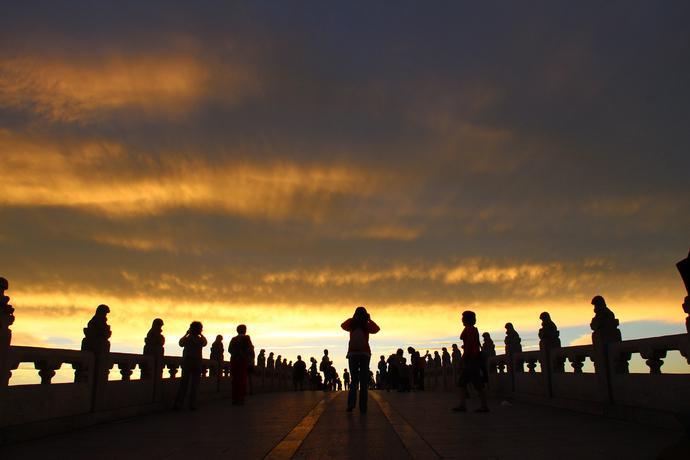【北京】第一次去北京旅游,该选择哪些景点-景山公园,北京展览馆,中国国家话剧院,八一影视基地,卢沟桥