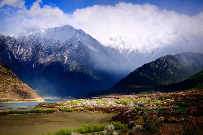 [林芝]既是地级市有是风景区,西藏林芝,最柔美的地方
