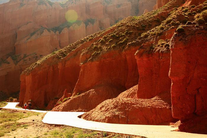【自驾游攻略】青海省贵德县丹霞奇观之贵德国家地质公园游记