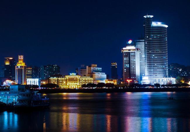 【自驾游攻略】厦门一座美丽的城市,南普陀寺厦门中一道美丽的风景线